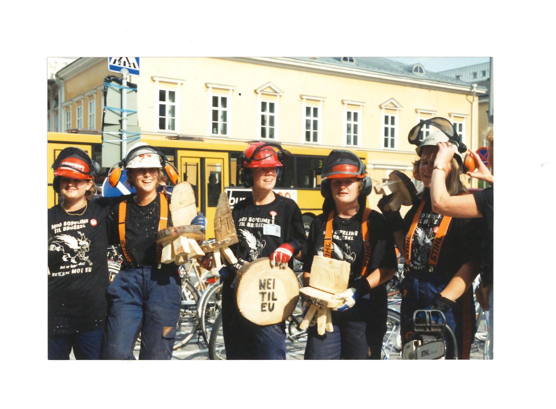 Bygdeungdommene deltok i EU-kampen. Foto: Arkivet til Norges Bygdeungdomslag.