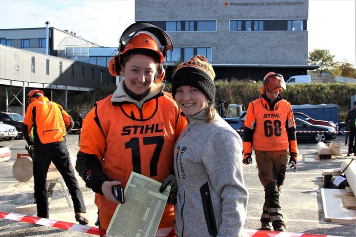 Trude Bergseth og Pia Schøyen er begge gode i motorsag og deltar på NM under Høstarrangementet 2019. Foto: Emma Gerritsen