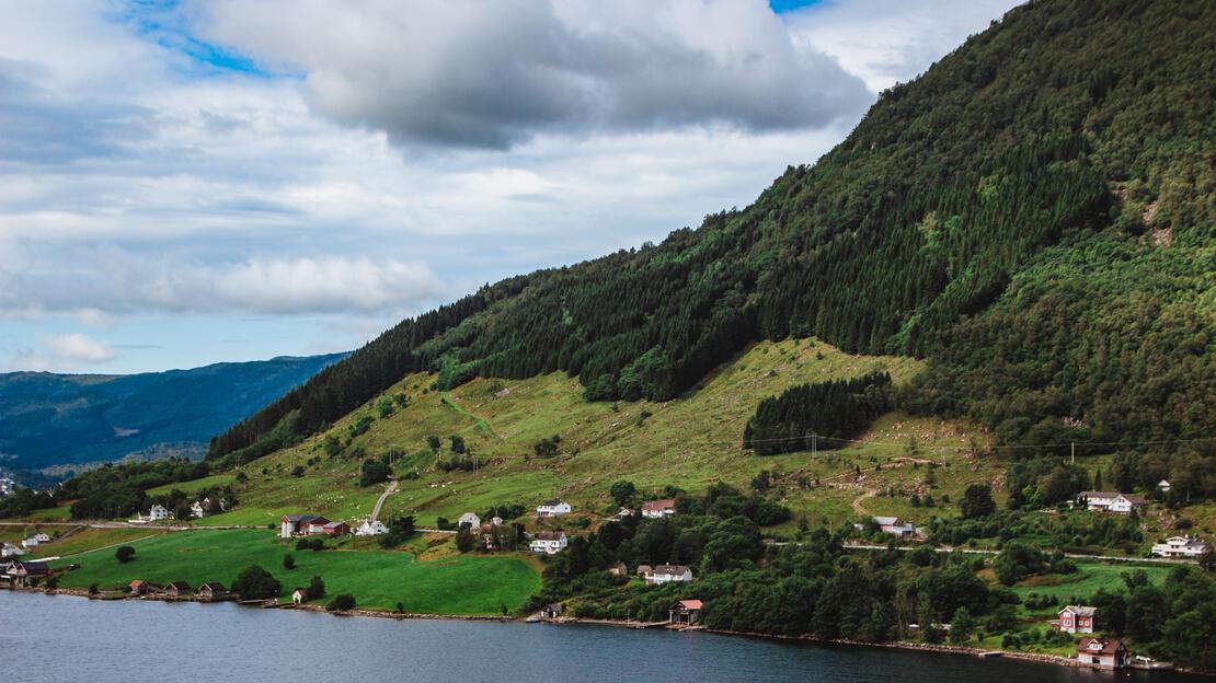 Ølsfjorden i Vindafjord kommune