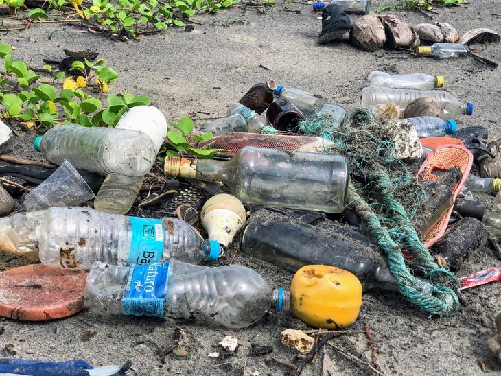 I 2050 er det mer plast enn fisk i havet hvis forurensingen fortsetter som i dag. Illustrasjonsfoto: Illustrasjonsbilde: John Cameron, unsplash